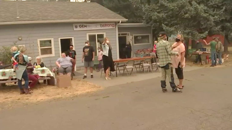 Nonprofit gives gift cards, other supplies to people impacted by Oregon wildfires